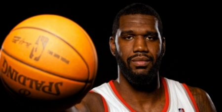 Greg Oden Signs With Heat
