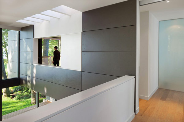 taylorsmyth hqroom ru 5 Cost Efficient Modern Residence with Beautiful Lake Views in Canada