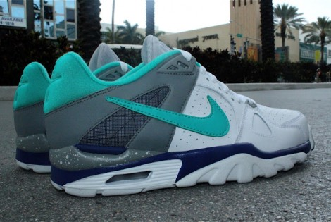 Fresh, Fly & Flashy Pick of the Day: Nike Air Trainer Classic