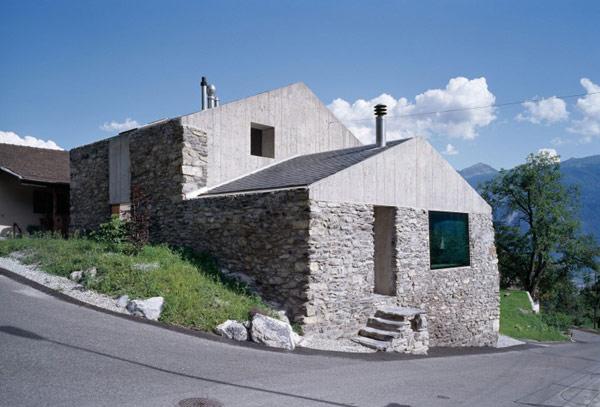 chamoson villa facade Genuine Rocky Architecture in Switzerland: The Chamoson Residence
