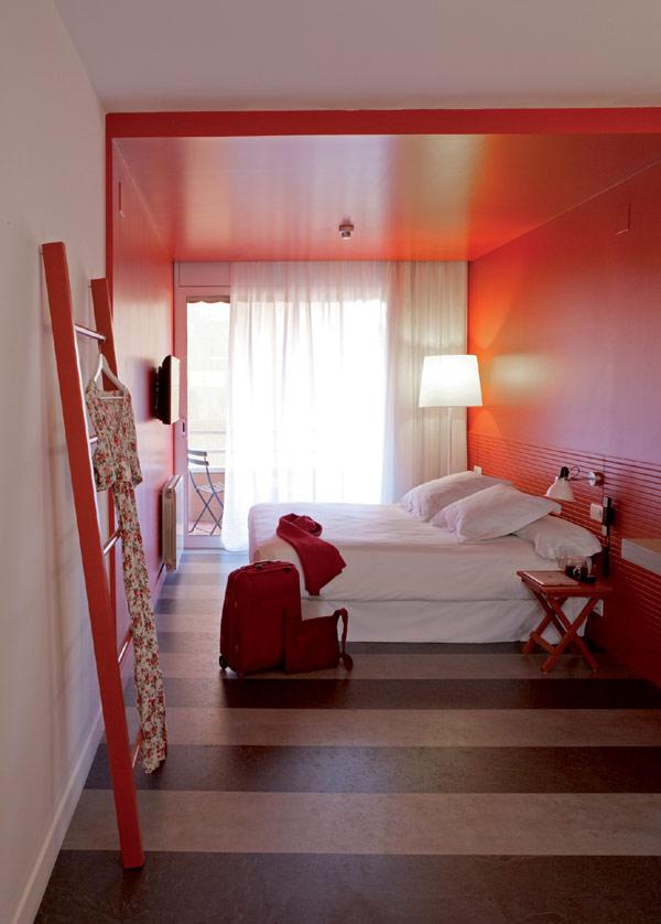 chic and basic hotel 18 Charm of the Spanish 60s: Chic & Basic Ramblas Hotel, Barcelona