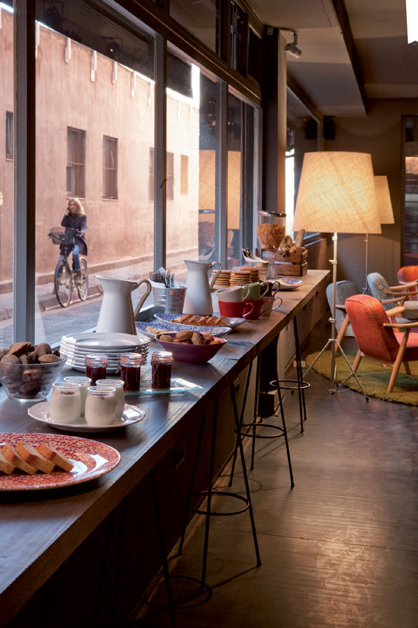 chic and basic hotel 6 Charm of the Spanish 60s: Chic & Basic Ramblas Hotel, Barcelona
