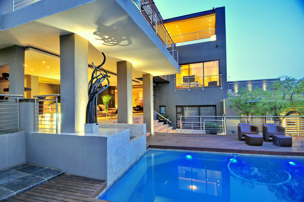 modern residence South Africa 4 Luxurious Living in Johannesburg, South Africa: House Bassonia