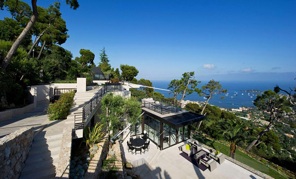 holiday Villa Baie Cote dAzur Holiday Teasing: Impressive Villa Baie on the French Riviera
