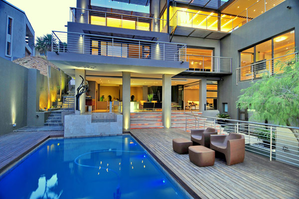 modern residence South Africa pool Luxurious Living in Johannesburg, South Africa: House Bassonia