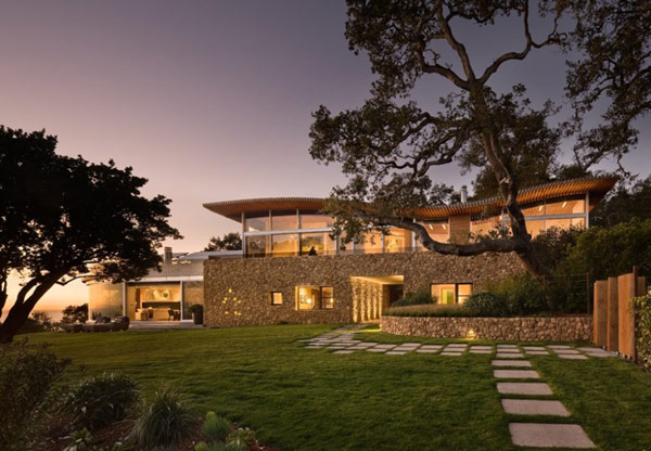 Coastlands House exterior Sustainable Home for Retired Couple in Big Sur, California: Coastlands House