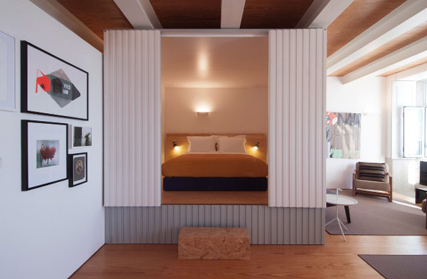 bedroom modern apartment Original Mix Between Small Hotel and Private Apartment Rental: Flattered