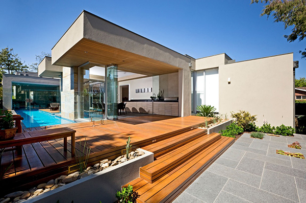 Wooden Dock Gorgeous Contemporary Home Inspired By The Summer