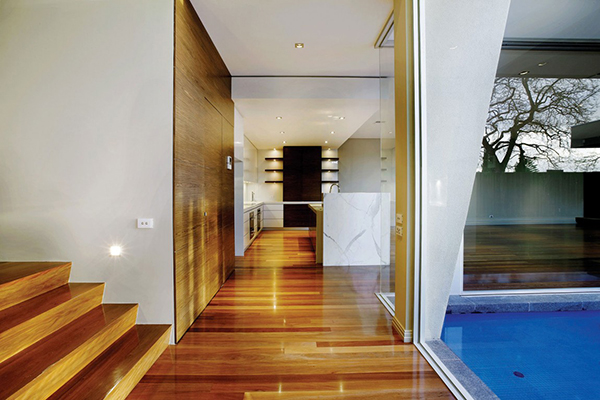 Seamless Transition Gorgeous Contemporary Home Inspired By The Summer