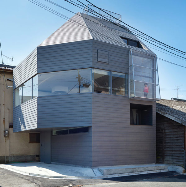 facade Japanese Home The Japanese Way of Enhancing Living Space: House in Matsubara